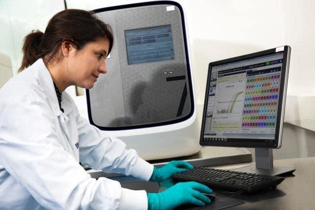 Kobieta - naukowiec przedkomputerem